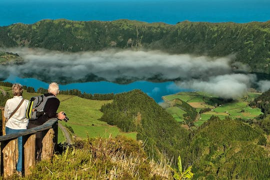 Sete Cidades kayak and bike tour