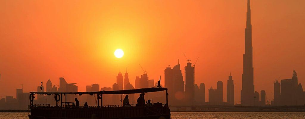 60-minutowy rejs drewnianą łodzią Abra z zachodem słońca w Burj Khalifa