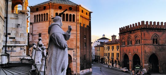 Cremona private walking tour and Violin Museum