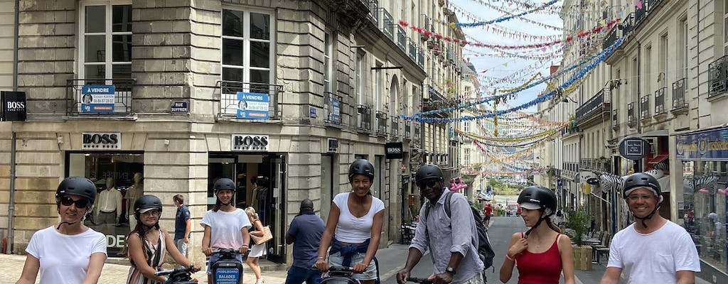 """Self-balancing scooter tour """"between the walls"""" in Nantes"""