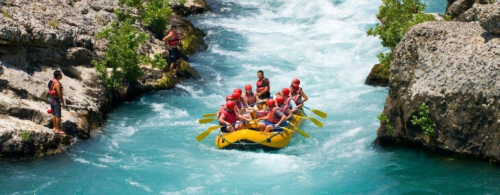 Viaje familiar de rafting en el cañón Köprülü desde Alanya