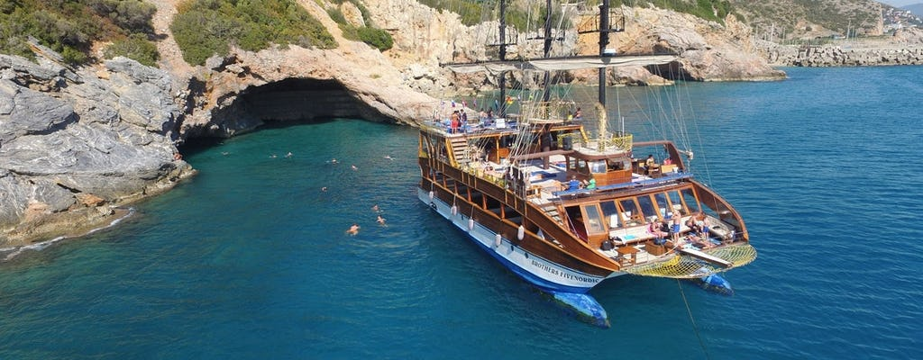 Ganztägige Katamaran-Bootsfahrt von Alanya