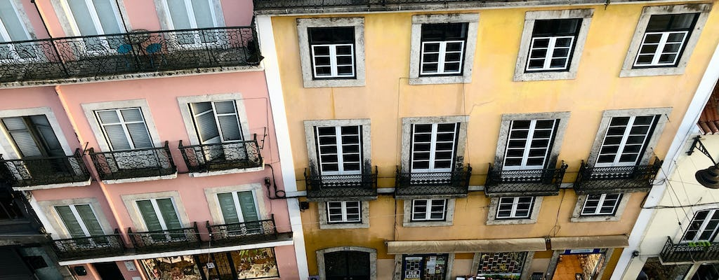 Self-guided discovery walk and photo challenge in Lisbon