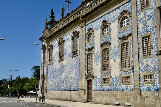Caminata de descubrimiento autoguiada y desafío fotográfico en Oporto