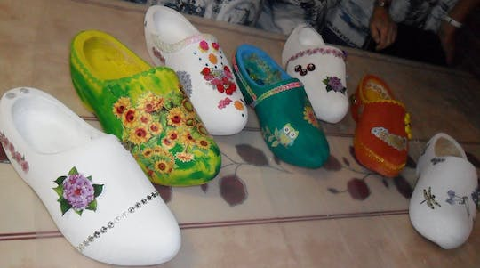 Wooden shoes painting workshop