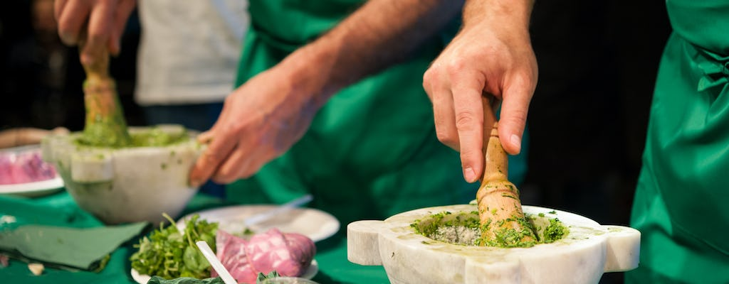 Pesto cooking class with lunch in the Cinque Terre
