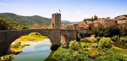 Visite en petit groupe de Besalú et des villes médiévales au départ de Barcelone