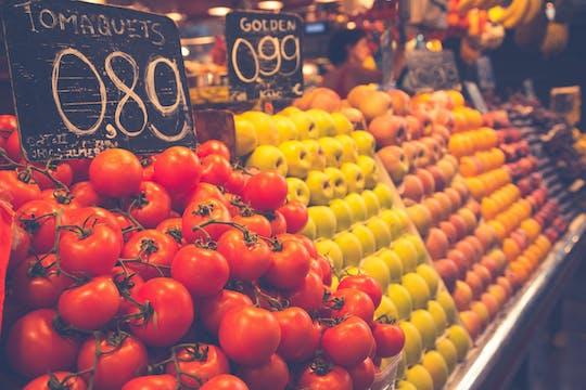 Tour della Boqueria e dei mercati di Santa Caterina con cibo e tapas