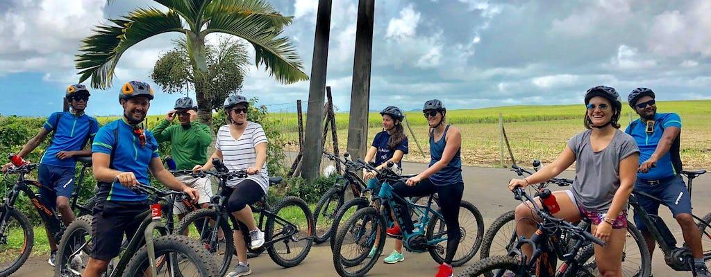 Tour en bicicleta eléctrica por Mauricio en Souillac