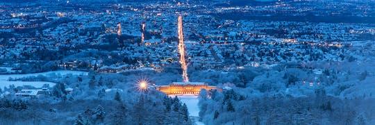 Tour de ônibus pela cidade de Kassel sob o brilho do Natal