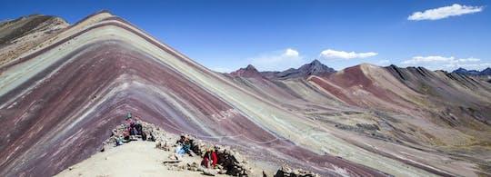 Experiência de caminhada de dia inteiro na Vinicunca Rainbow Mountain