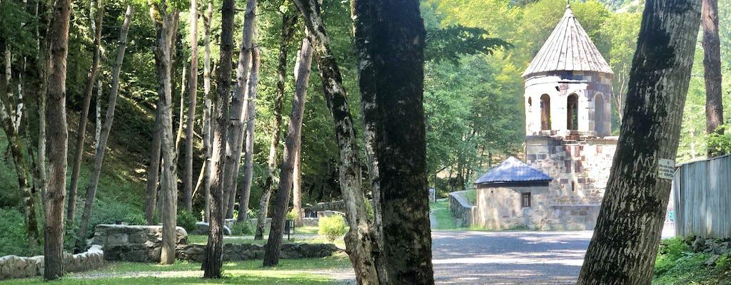 Tour privato a Borjomi e visita al Monastero Verde
