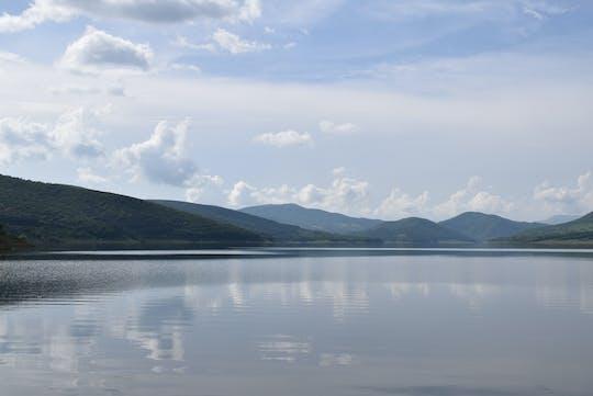 Prywatna wycieczka do jeziora Sioni przez bajkowy las Sabaduri z Tbilisi