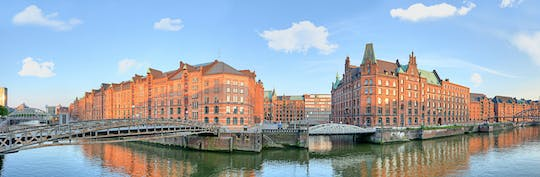 Guided tour through Hamburg's Old Town with highlights