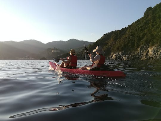 Cinque Terre sunset kayak and wine tour