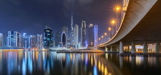 Dubai luxe dinercruise over de grachten met optionele transfer en drankjes