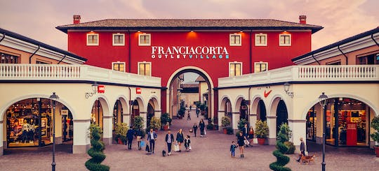 Franciacorta Village with Discount Card, aperitif or breakfast and Gift Card