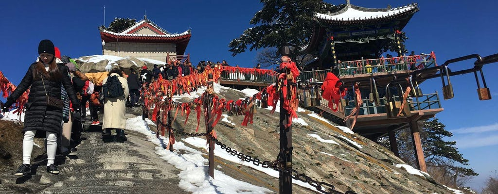Full day private tour of Huashan Mountain