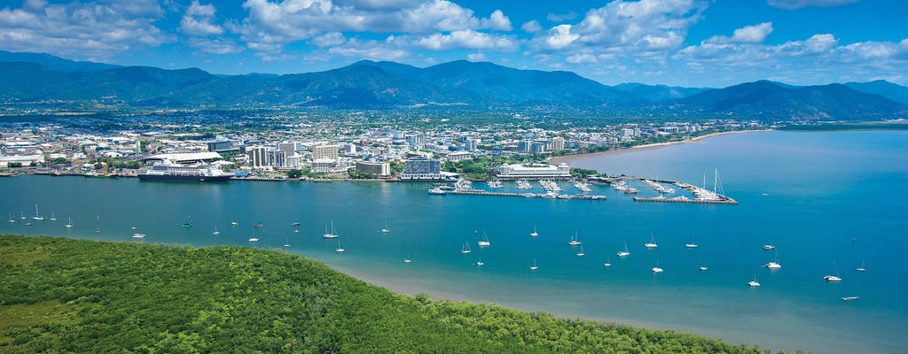 Cairns city sights and dinner cruise