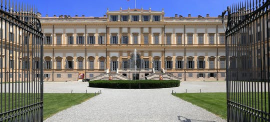 Tour del centro storico di Monza e della Villa Reale