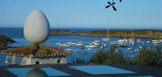 Dalí Museum, Figueres and Cadaqués private tour from Barcelona