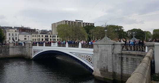 River Liffey Bridges walking tour
