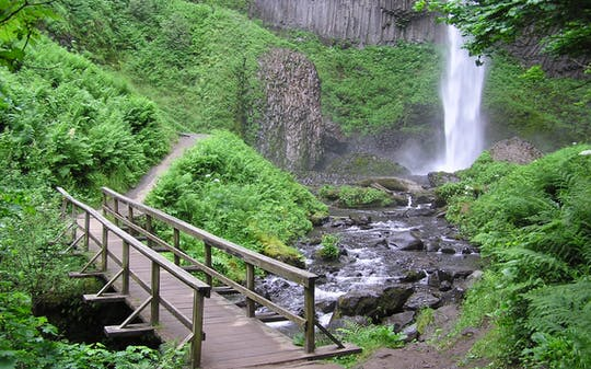 Multnomah Falls and City combination tour