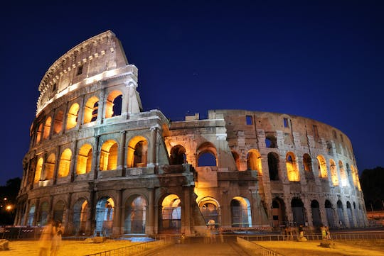 Colosseum, Roman Forum and Palatine Hill LGBT+ tour under the moon