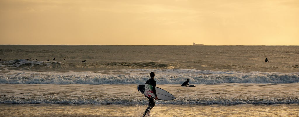 Private surf lesson in Carcavelos beach