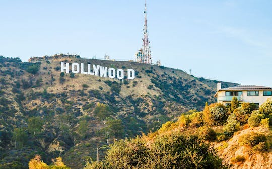 Hollywood Sign hiking tour to Griffith Observatory