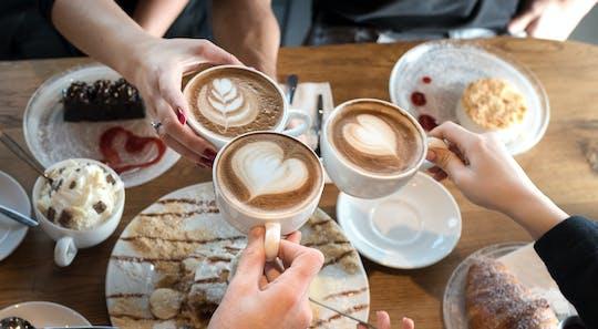Kaffee und Kuchen im Dunklen mit Führung durch das Dunkelkaufhaus