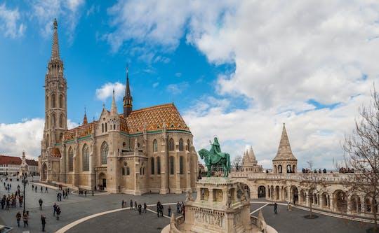 Tour privado a pie por el castillo de Buda y crucero por el río Danubio con Isla Margarita