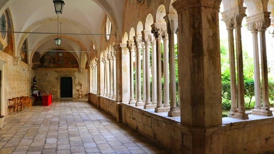 Tour privado de Dubrovnik con la entrada de la antigua farmacia