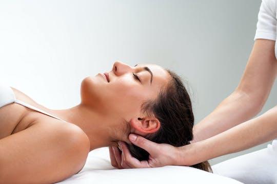 Massagem e tratamento de corpo inteiro com esfoliação com sal do Mar Morto em Aqaba