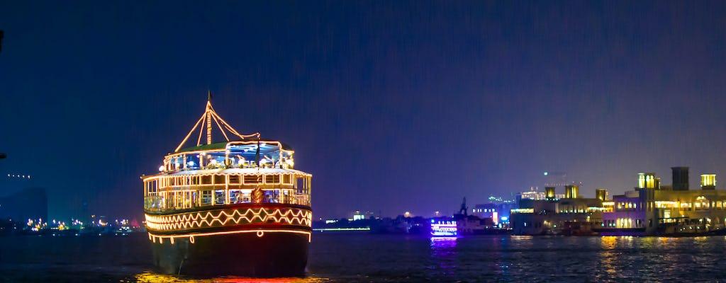 Dhow boat dinnercruise langs Dubai Creek