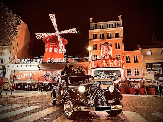 Paris by night tour in Citroën Traction