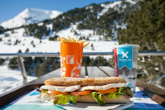 Lunch in de restaurants van het skigebied Grandvalira