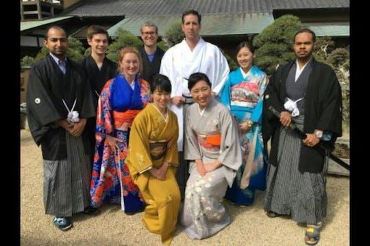 Kimono et cérémonie du thé au Bonsai Museum