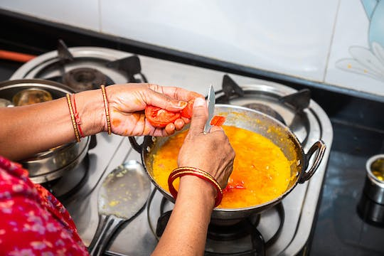 Authentic roti and chai cooking session with a local Delhi family
