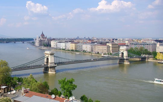 Buda Castle walking tour