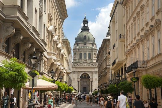 Orientation walking tour of Budapest