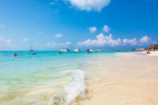 Isla Mujeres Catamaran Cruise with Beach Club Lunch