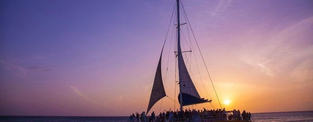 Tour al atardecer en catamarán Palm Pleasure