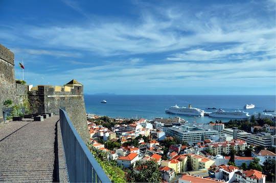 Funchal - wycieczka miejska tukxi