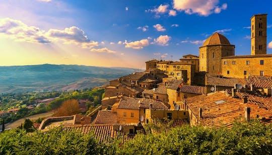 Gita giornaliera privata a San Gimignano e Volterra da Firenze