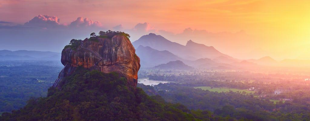 Wycieczka po starożytnych królestwach Yapahuwa, Dambadeniya i Panduwasnuwara z Kolombo