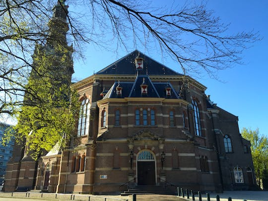 Walking tour in Apeldoorn with a self-guided city trail