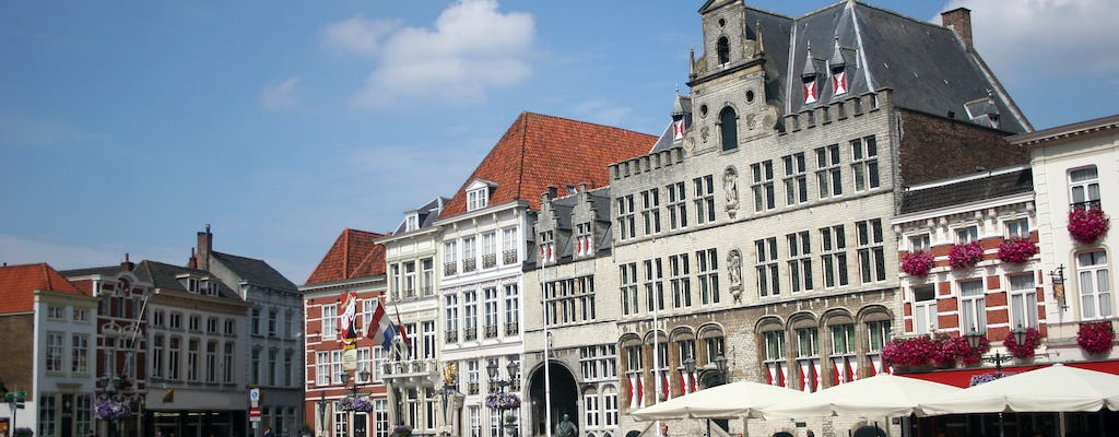Walking tour in Bergen op Zoom with a self-guided city trail
