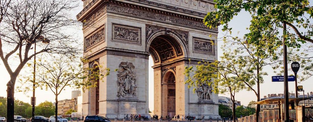 Entradas combinadas para el bus turístico, el Arco del Triunfo y un crucero por el Sena