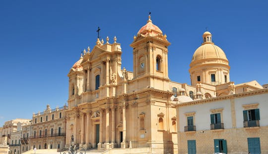 Syracuse and Noto private car tour from Catania